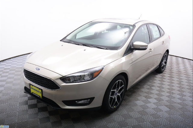 new 2017 ford focus sel sedan sedan in minnetonka fn23283 morrie 39 s minnetonka ford. Black Bedroom Furniture Sets. Home Design Ideas